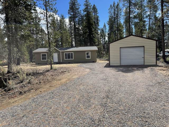17555 Holgate Court, La Pine, OR 97739 (MLS #220132073) :: Arends Realty Group