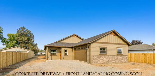 1402 Orchard Home Drive, Medford, OR 97501 (MLS #220132130) :: The Riley Group