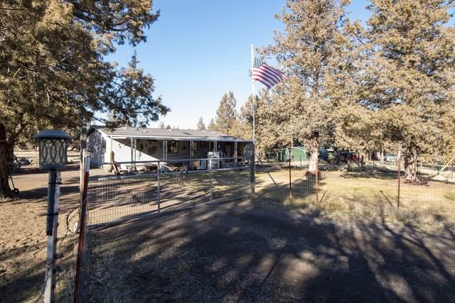 8388 SW High Cone Drive, Terrebonne, OR 97760 (MLS #220132137) :: Team Birtola | High Desert Realty