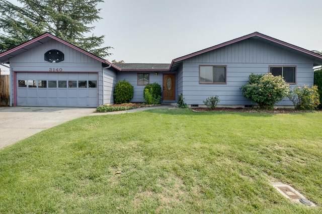 3140 Circlewood Drive, Medford, OR 97501 (MLS #220132144) :: Vianet Realty