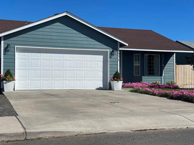 571-SE SE Romero Court, Madras, OR 97741 (MLS #220132169) :: Bend Relo at Fred Real Estate Group
