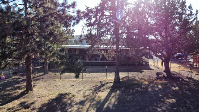 1384 SE Akins Drive, Prineville, OR 97754 (MLS #220132172) :: Coldwell Banker Sun Country Realty, Inc.