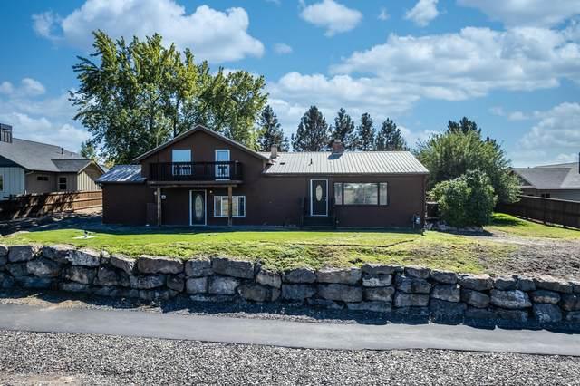 131 NW Saddle Ridge Loop, Prineville, OR 97754 (MLS #220132196) :: Arends Realty Group