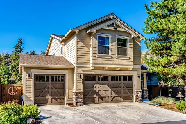 3031 NW Clubhouse Drive, Bend, OR 97703 (MLS #220132268) :: Bend Relo at Fred Real Estate Group
