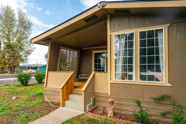 121 2nd Street, Metolius, OR 97741 (MLS #220132269) :: Central Oregon Home Pros