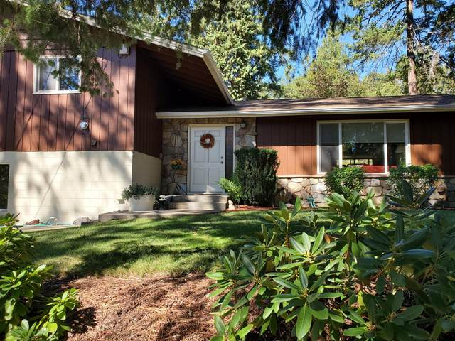 340 Horseshoe Drive, Grants Pass, OR 97526 (MLS #220132300) :: Bend Relo at Fred Real Estate Group