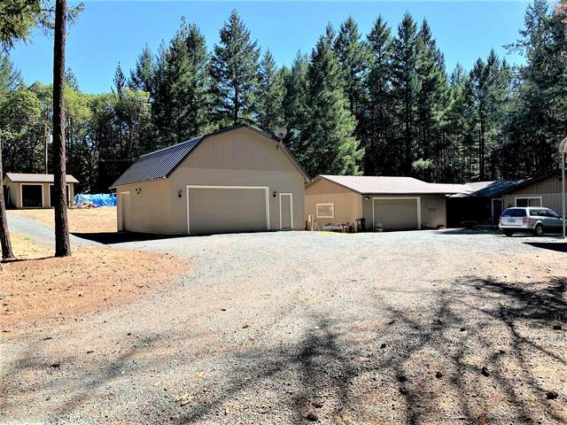 2793 Pleasant Creek Road, Rogue River, OR 97537 (MLS #220132310) :: The Riley Group