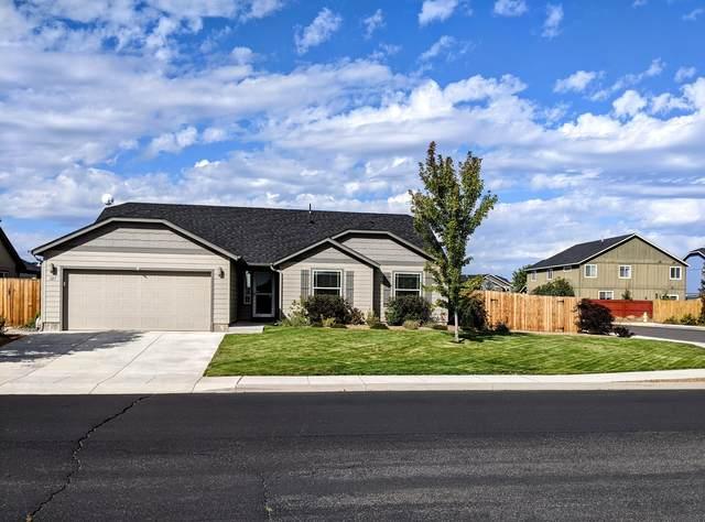 327 SW 32nd Street, Redmond, OR 97756 (MLS #220132318) :: Premiere Property Group, LLC