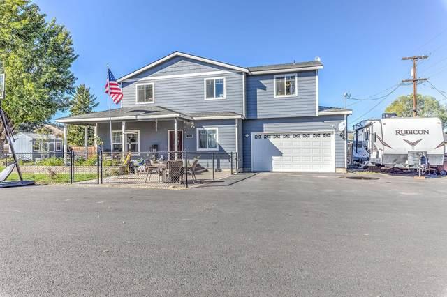 485 SE Elm Street, Prineville, OR 97754 (MLS #220132322) :: Schaake Capital Group