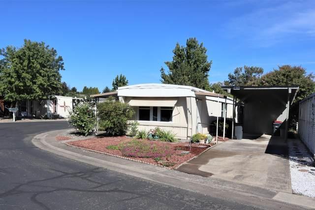 2252 Table Rock Road Spc 226, Medford, OR 97501 (MLS #220132331) :: The Bifano Home Team