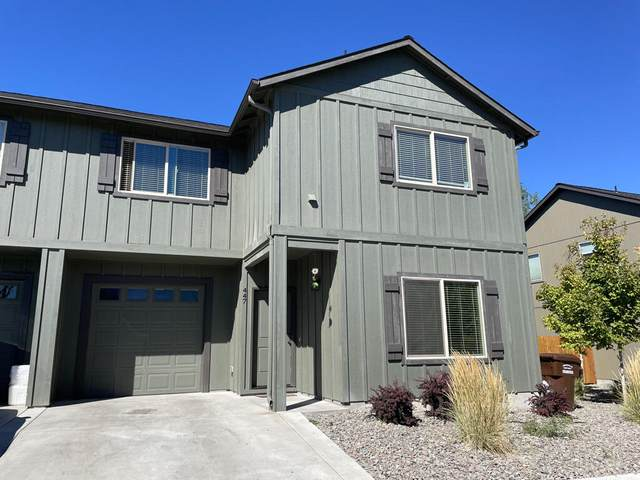 447 NE Brookstone Drive, Prineville, OR 97754 (MLS #220132341) :: Arends Realty Group