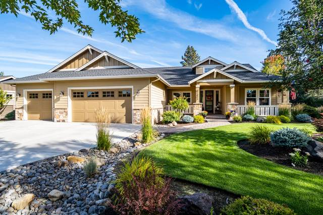 61402 Orion Drive, Bend, OR 97702 (MLS #220132395) :: Premiere Property Group, LLC