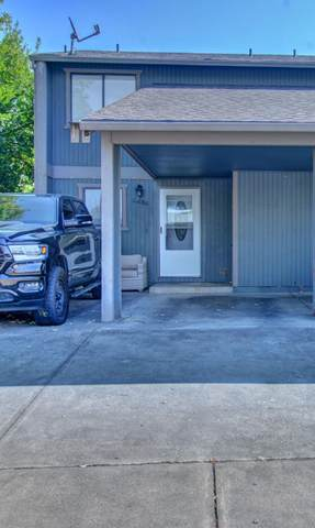 2484 Connell Avenue, Medford, OR 97501 (MLS #220132425) :: The Ladd Group