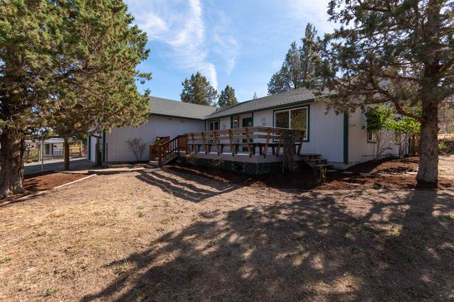 8235 SW High Cone Drive, Terrebonne, OR 97760 (MLS #220132432) :: Arends Realty Group