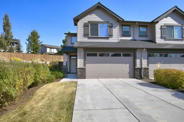 20720 NE Sierra Drive, Bend, OR 97701 (MLS #220132447) :: Fred Real Estate Group of Central Oregon