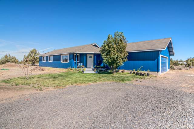 12551 SW Corral Place, Terrebonne, OR 97760 (MLS #220132455) :: Premiere Property Group, LLC