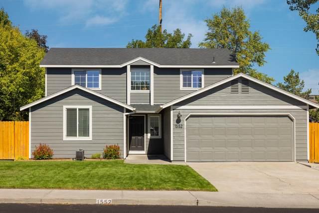 1552 NE Locksley Drive, Bend, OR 97701 (MLS #220132457) :: Fred Real Estate Group of Central Oregon