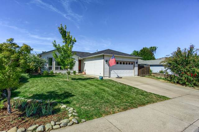 515 Winters Way, Talent, OR 97540 (MLS #220132471) :: Bend Relo at Fred Real Estate Group