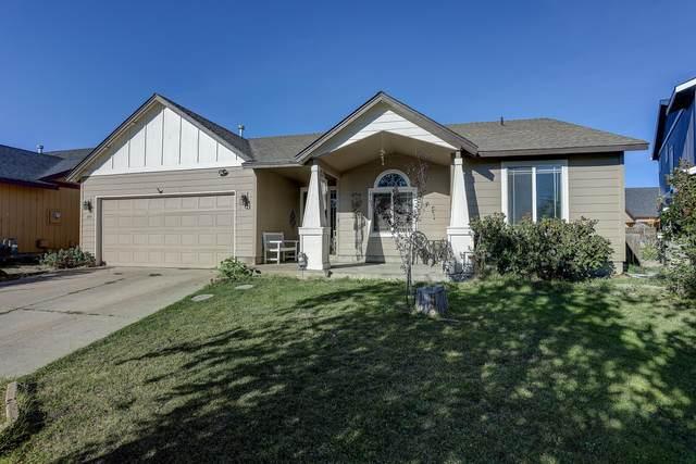 349 NW Antler Loop, Redmond, OR 97756 (MLS #220132493) :: Arends Realty Group