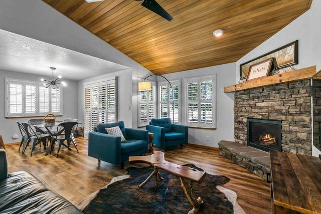 17826-34 West Core Road, Sunriver, OR 97707 (MLS #220132516) :: Fred Real Estate Group of Central Oregon