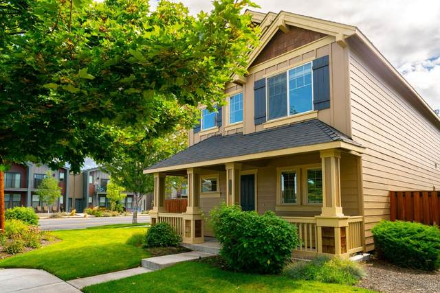 2720 NW Elm Avenue, Redmond, OR 97756 (MLS #220132518) :: Bend Relo at Fred Real Estate Group
