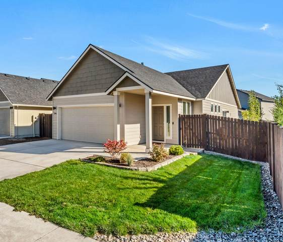 2964 NE Quiet Canyon Drive, Bend, OR 97701 (MLS #220132601) :: Fred Real Estate Group of Central Oregon