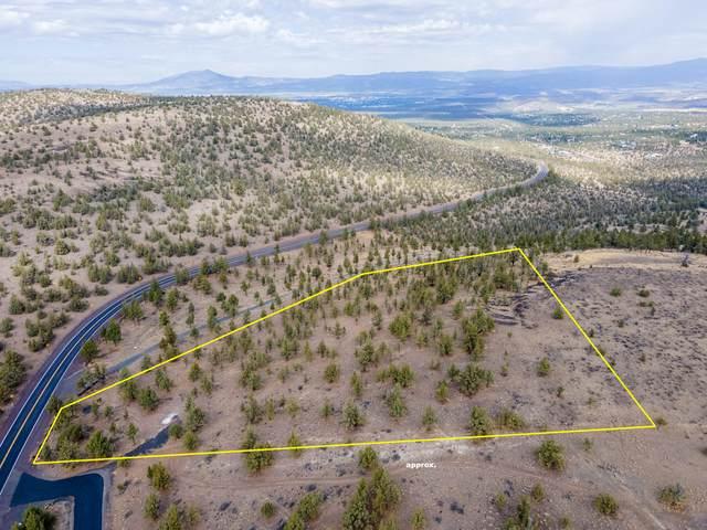 1121 SE Happy Trails Lane, Prineville, OR 97754 (MLS #220132618) :: Fred Real Estate Group of Central Oregon