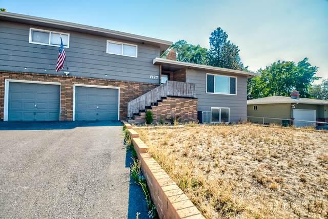 1777 Kimberly Drive, Klamath Falls, OR 97603 (MLS #220132641) :: Premiere Property Group, LLC