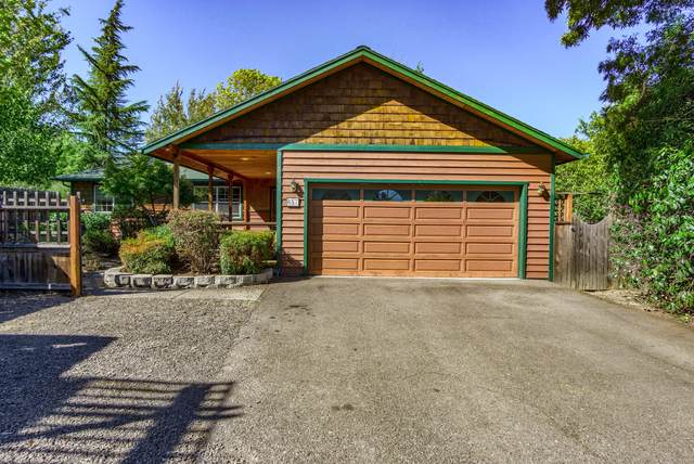 657-659 Clay Street, Ashland, OR 97520 (MLS #220132644) :: Bend Relo at Fred Real Estate Group