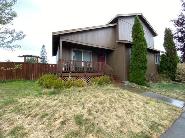 63269 Vogt Road, Bend, OR 97701 (MLS #220132659) :: Fred Real Estate Group of Central Oregon