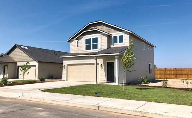 2299 NE 3rd Street, Redmond, OR 97756 (MLS #220132660) :: Bend Relo at Fred Real Estate Group