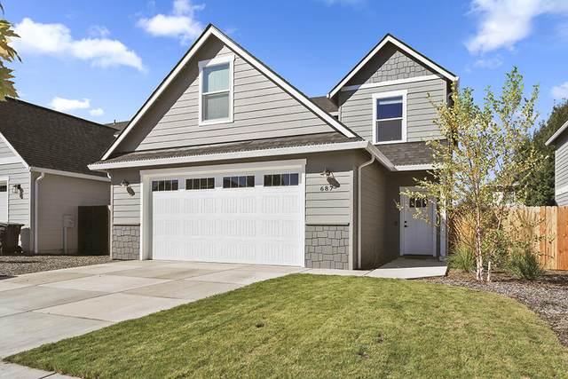 687 Kaitlin Lane, Medford, OR 97501 (MLS #220132662) :: Bend Relo at Fred Real Estate Group