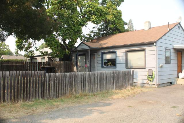 1016 W 12th Street, Medford, OR 97501 (MLS #220132686) :: Bend Homes Now
