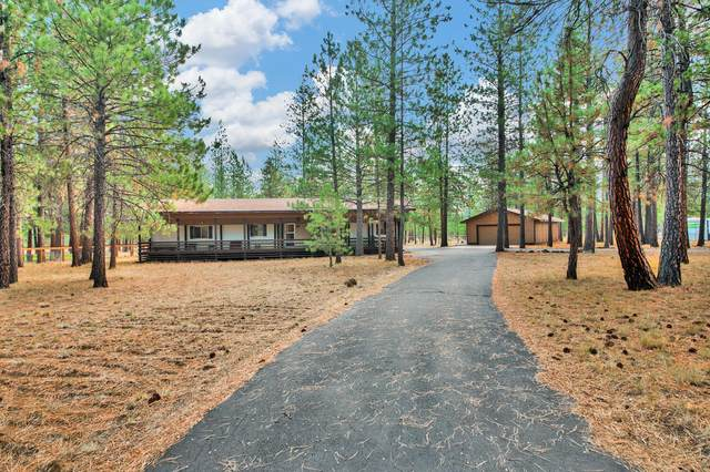 14779 Bluegrass Loop, Sisters, OR 97759 (MLS #220132687) :: Chris Scott, Central Oregon Valley Brokers