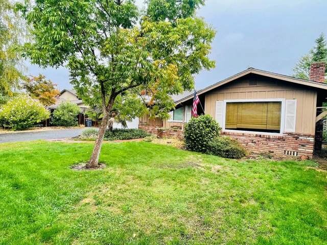 615 Beverly Way, Jacksonville, OR 97530 (MLS #220132696) :: Coldwell Banker Bain