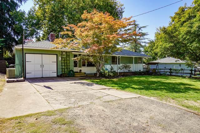 1608 Stratford Avenue, Medford, OR 97504 (MLS #220132717) :: Central Oregon Home Pros