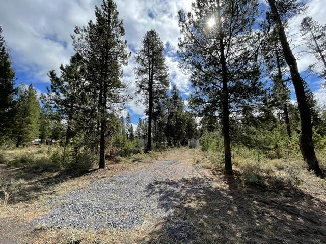 16055 Del Pino Drive, La Pine, OR 97739 (MLS #220132749) :: Vianet Realty
