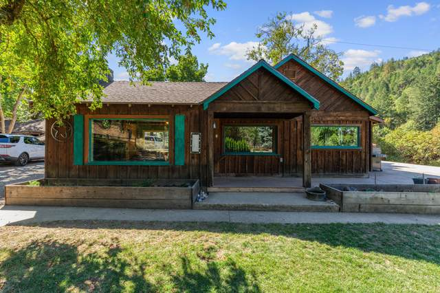 4137 Kane Creek Road, Central Point, OR 97502 (MLS #220132974) :: FORD REAL ESTATE