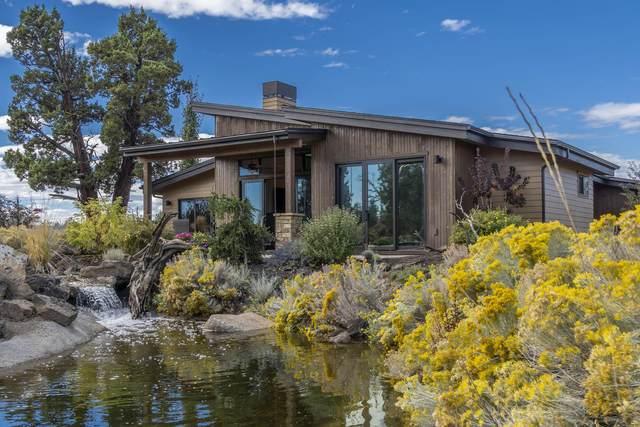 22977 Ghost Tree Lane, Bend, OR 97701 (MLS #220133057) :: Berkshire Hathaway HomeServices Northwest Real Estate