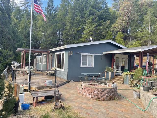 500 Terrace Heights Road, Selma, OR 97538 (MLS #220133121) :: Coldwell Banker Sun Country Realty, Inc.