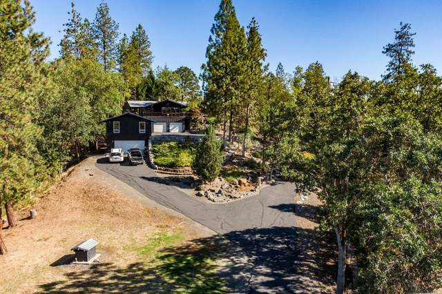 1065 S Shasta Avenue, Eagle Point, OR 97524 (MLS #220133128) :: Vianet Realty