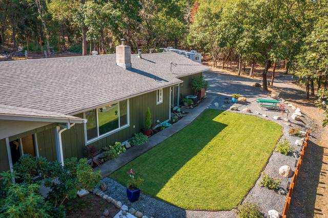 189 Firwood Drive, Grants Pass, OR 97527 (MLS #220133149) :: Schaake Capital Group