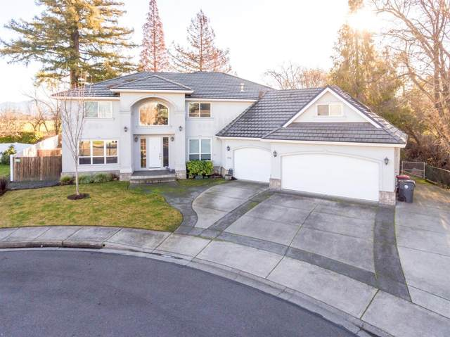 754 Lynn Lane, Central Point, OR 97502 (MLS #220133200) :: Bend Homes Now