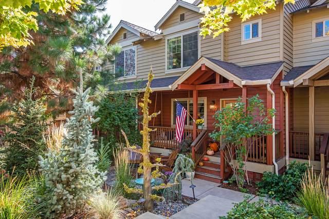 1877 NW Monterey Pines Drive, Bend, OR 97703 (MLS #220133311) :: Vianet Realty