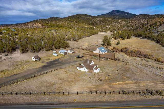 24121 SE Paulina Highway, Prineville, OR 97754 (MLS #220133331) :: Oregon Farm & Home Brokers