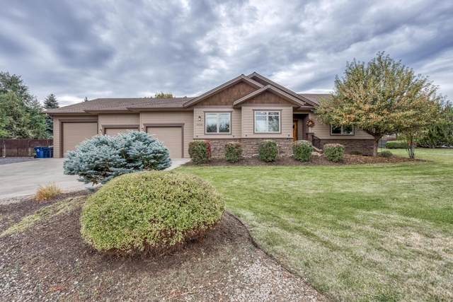 20935 Vail Run Court, Bend, OR 97702 (MLS #220133333) :: The Bifano Home Team