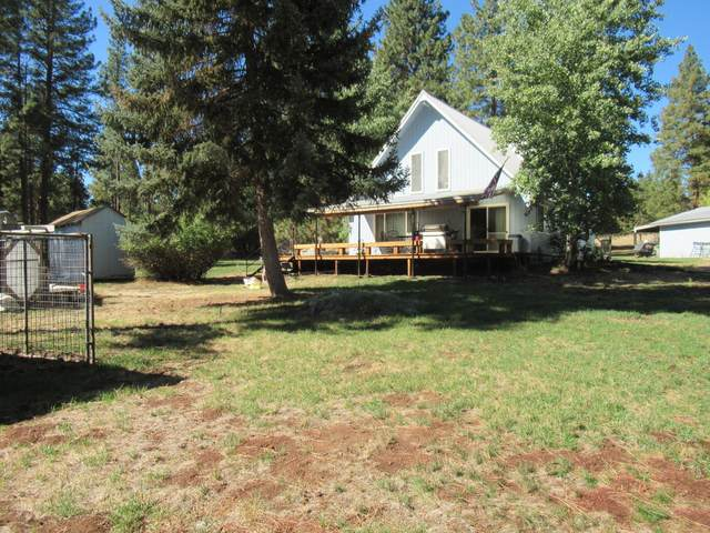 16010 Clover Creek Road, Klamath Falls, OR 97601 (MLS #220133381) :: Vianet Realty