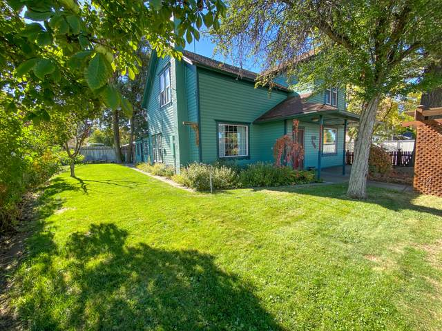 300 W 1st Street, Prineville, OR 97754 (MLS #220133416) :: Coldwell Banker Sun Country Realty, Inc.