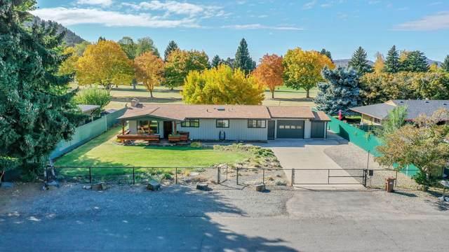 131 NE Marmot Lane, Prineville, OR 97754 (MLS #220133549) :: Coldwell Banker Sun Country Realty, Inc.
