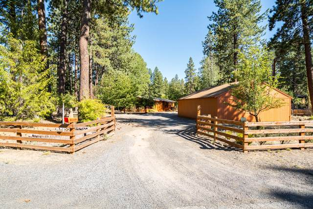 19245 Galen Road, Bend, OR 97702 (MLS #220133557) :: The Bifano Home Team